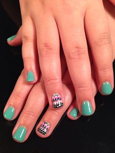 Morgan's Aztec print nails