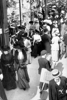"Edward Linley Sambourne - ""City Streets"" - London (c.1908)"