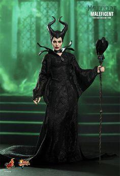 Angelina Jolie como a Bruxa Malévola – Action Figure  Hot Toys