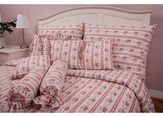Romantické růžové povlečení se vzory růží