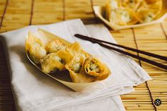 Spinach Stuffed Wontons with Truffle Cream Cheese (Appetizer)