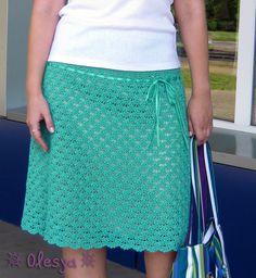 Очень понравилась эта юбка, в особенности основной рисунок. Понимаю, что поздновато для такой вещи, утепляться пора, но зато к следующему лету с чувством с толком сможете связать. Далее слова автора (…