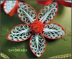 DAYDREAMS: Quilled royal flower card.