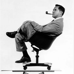 Charles Eames: guru del diseño, los iconos de diseño más famosos son sus obras @Vackart #eames #diseño #decor #interiordeco #interiorismo