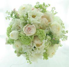 スズランとバラのラウンドブーケ と 一会の秋の受注状況につきまして : 一会 ウエディングの花