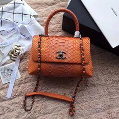 2018 Chanel Handbags and Purses 9d39110cf03c0