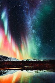 Aurora Borealis ...loving too see it .....happens in america