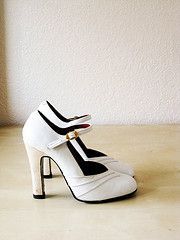 vintage shoes from etsy