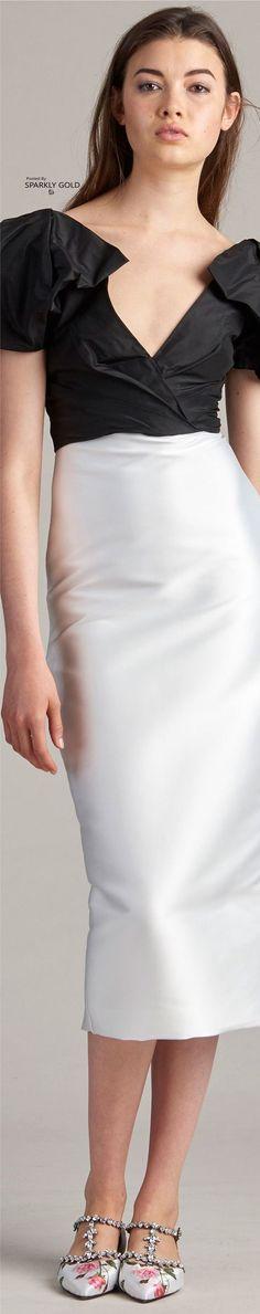 Women's Runway Fashion, Spring Fashion Outfits, Couture Fashion, Fashion 2016, Zuhair Murad, Red Carpet Gowns, Ralph Lauren, Black White Fashion, Monique Lhuillier