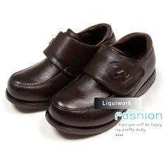Little Junior Boy Boys Black Patent Leather Dress Shoes for Sale Wedding Tuxedos, Tuxedo Wedding, Piano Recital, Boys Suits, Black Patent Leather, Cowhide Leather, Clogs, Wedding Planning, Dress Shoes