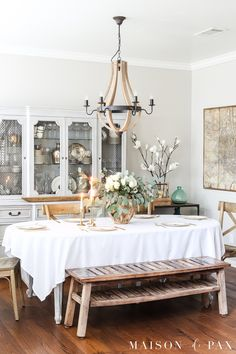 white roses and eucalyptus centerpiece make a gorgeous, simple spring table - perfect for Easter, Valentines Day, or any celebration Country Kitchen Tables, French Country Dining Room, French Country Kitchens, French Country Decorating, French Farmhouse, French Chairs, Spring Home Decor, Small Space Living, Table Centerpieces