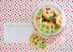 Make a batch of the very easy cookies, add some Christmas M&Ms on top so they look 'christmasy'. Place in a large jar and give them the recipe card in their Christmas card as an extra special touch. Christmas M&ms, Days Till Christmas, Christmas Birthday, Handmade Christmas, Christmas Cookies, Organised Housewife, Biscuit Recipe, Recipe Cards, Cookie Recipes