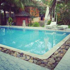 1000 images about pool on pinterest petite piscine pools and banquettes - Contour de piscine en pierre ...