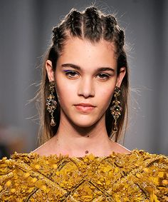 30 Days Of Super Pretty Holiday Hair Inspiration  #refinery29  http://www.refinery29.com/holiday-hair