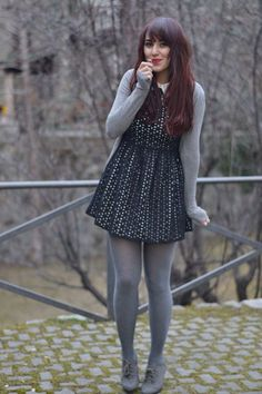 Tights on winter - pantyhose outfits, nylons, Tights Outfit Winter, Colored Tights Outfit, Grey Tights, Wool Tights, Casual Winter Outfits, Fall Outfits, Opaque Tights, Dress And Tights Outfit, Skirt With Tights