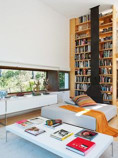 Cube Holiday Home in Girona, Spain / Octavio Mestre