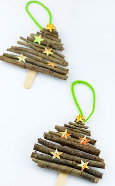 Popsicle Stick and Twigs Christmas Tree Ornaments - Easy Peasy and Fun - Christmas Crafts for Kids Twig Christmas Tree, Easy Christmas Crafts, Noel Christmas, Christmas Activities, Diy Christmas Ornaments, Christmas Projects, Ornaments Design, Christmas Tree Decorations For Kids, Christmas Decorating Ideas