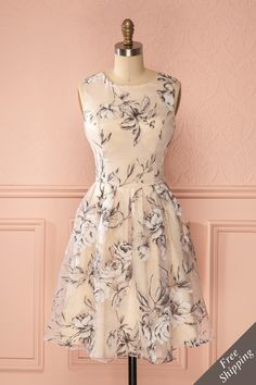 Fall in love with our unique dresses! Explore our wide range of with prom dresses, cocktail dresses, sequin dresses and short dresses. Unique Dresses, Elegant Dresses, Pretty Dresses, Beautiful Dresses, Casual Dresses, Short Dresses, Summer Dresses, Formal Dresses, Dress Outfits