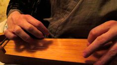 Konevitsan kirkonkellot on a 5- string instrument