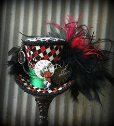 Trendy hat diy steampunk alice in wonderland ideas Mad Hatter Top Hat, Madd Hatter, Mad Hatter Tea, Alice In Wonderland Costume, Wonderland Party, Alice In Wonderland Steampunk, Steampunk Top Hat, Tea Party Hats, Tea Parties