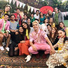 Disney Channel, Taylor Swift, Barbie, Romance, Instagram, Disney Actresses, Homemade Dream Catchers, Girl Photography Poses, Disney Stars