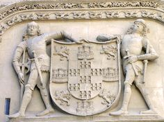 Catedral de Burgos. Escudo de Armas de los Condestables de Castilla, Pedro Fernández de Velasco y Mencía de Mendoza y Figueroa - Portal Fuenterrebollo