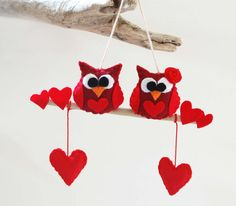 Decor owls Felt ,gift,red,heart, love,red,hanging, handmade in italy on Etsy, $35.19