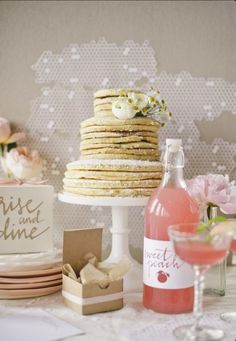 "Breakfast wedding perfection :) I love the ""rise and shine"" sign on the table"