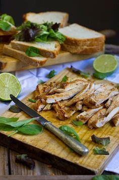 Yerbabuena en la cocina: Sandwich de pollo con salsa de curry y mango