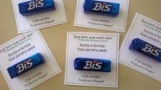 Coisas da Professora Raquel: Lembrancinhas para reunião Diy And Crafts, Crafts For Kids, Font Combinations, School Gifts, Teaching Kids, Back To School, Usb Flash Drive, Education, Chocolate