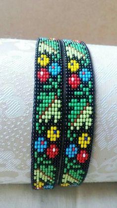 Beaded Bracelet Patterns, Bead Loom Patterns, Beading Patterns, Brick Stitch Earrings, Love Charms, Seed Bead Bracelets, Bead Jewellery, Loom Beading, Bead Art