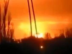 """False Flag in der Ukraine- Vier amerikanische Mini-Atombomben in der Ukraine ? False Flag in der Ukraine- Vier amerikanische Mini-Atombomben in der Ukraine ? Deutsche Quellen berichteten, dass amerikanische Militärberater in der Ukraine beschäftigt gewesen seien. Nach anderen Geheimdienstberichten sollen die Amerikaner in der Lage gewesen sein, auf das Gebiet von Debaltsewo einen """"Koffer"""" mit … False Flag in der Ukraine- Vier amerikanische Mini-Atombomben in der Ukraine ? weiterlesen →"""