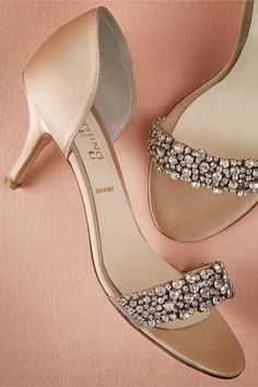 Complete your wedding day look with a pair of classic bridal shoes. BHLDN offers wedding heels that are as beautiful as they are comfortable, no matter your venue. Shop wedding shoes for the bride now! Bridal Heels, Wedding Shoes Heels, Bride Shoes, Low Heel Shoes, Low Heels, Beautiful Shoes, Shoe Collection, Me Too Shoes, Fashion Shoes