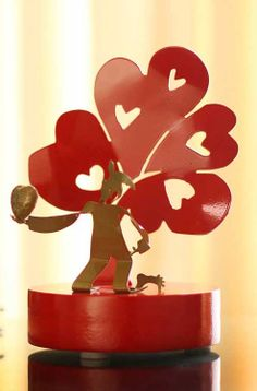'Harlequi Love Tree,' Recycled aluminum #sculpture from The Andes.
