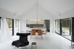 Image 12 of 17 from gallery of Villa Wallin / Erik Andersson Architects. Photograph by Åke E-son Lindman