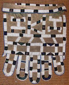 Ndebele apron. Photo credit: Ann Porteus, Sidewalk Tribal Gallery