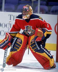 Luongo now a Florida Cat Goalie Pads, Goalie Gear, Hockey Helmet, Ice Hockey Teams, Hockey Goalie, Hockey Games, Hockey Highlights, Stanley Cup Finals, Florida Panthers