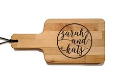 Personalized Cheese Board With Handle 6 x inch Wood Diy Cutting Board, Wood Cutting Boards, Cheese Board Wedding, Personalized Cheese Board, Personalized Wedding, Top Wedding Trends, Wedding Ideas, Diy Food Gifts, Exotic Wedding
