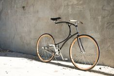 The curvy, classic, customizable Van Hulsteijn Cyclone bicycle.