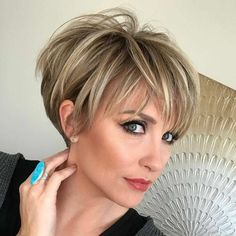 Hair Color Ideas for Short Pixie Cuts Bright and Bold Pixie Hair Color Trends A. Hair Color Ideas for Short Pixie Cuts Bright and Bold Pixie Hair Color Trends Are you already tired of the same long, traditional hairstyles and want. Stylish Short Haircuts, Short Hairstyles For Women, Hairstyles Haircuts, Layered Hairstyles, Short Hairstyles For Thin Hair, Blonde Hairstyles, Bob Haircuts, Short Summer Haircuts, Fresh Haircuts