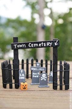 Halloween Decor Ideas - DIY Tombstones and Cemetery