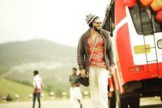 Dulquer Salmaan as Charlie-2636 Charlie Malayalam movie 2015 stills-Dulquer Salman,Parvathy