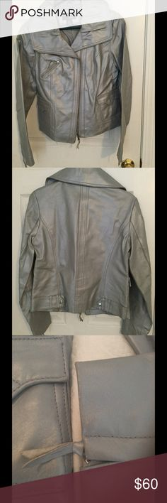 🔥SILVER LEATHER💥WHAAAAT!! This is such a great jacket to have in your wardrobe! GUC but a little evidence of fun times. It could write a book! 😂 I paid nearly $400 for it, but I will pass it on to some lucky girl for a steal! I hope it brings you as many memories as it did for me!😘 Bundle to save even more, but please bid this item separately due to shipping costs! 🎁💃💃 Mixit Jackets & Coats
