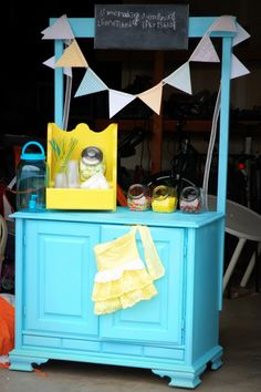Easy, DIY Lemonade Stand! Inspiration for mud kitchen