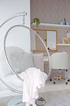 Bedroom Ideas For Teen Girls - Dreamy Girl's Bedroom - Hanging Bubble Chair Bedroom Ideas For Teen Girls, Teenage Room Decor, Teen Bedroom Designs, Room Ideas Bedroom, Teen Girl Bedrooms, Girl Rooms, Diy Bedroom, Bedroom Ideas For Small Rooms Women, Beds For Small Rooms