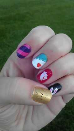 Alice in Wonderland Nail Art LacquerLoft: Curiouser and Curiouser. If only I had all of these colors Fancy Nails, Cute Nails, Pretty Nails, Nail Polish Designs, Nail Art Designs, Hair And Nails, My Nails, Alice In Wonderland Nails, Anime Nails