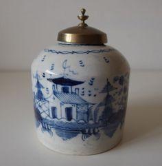 LATE 18th century PEARLWARE CREAMWARE B/W TEA CADDY CANISTER SWINTON?!