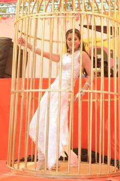 Sunny Leone performs at Vineet Jain's Holi Party #Style #Bollywood #Fashion #Beauty