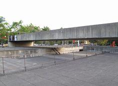 Museu Brasileiro de Escultura (MuBE) - Paulo Mendes da Rocha