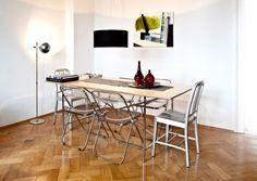 Casa in Stile Dandy Tavolo da Pranzo in Legno con Sedie in Metallo